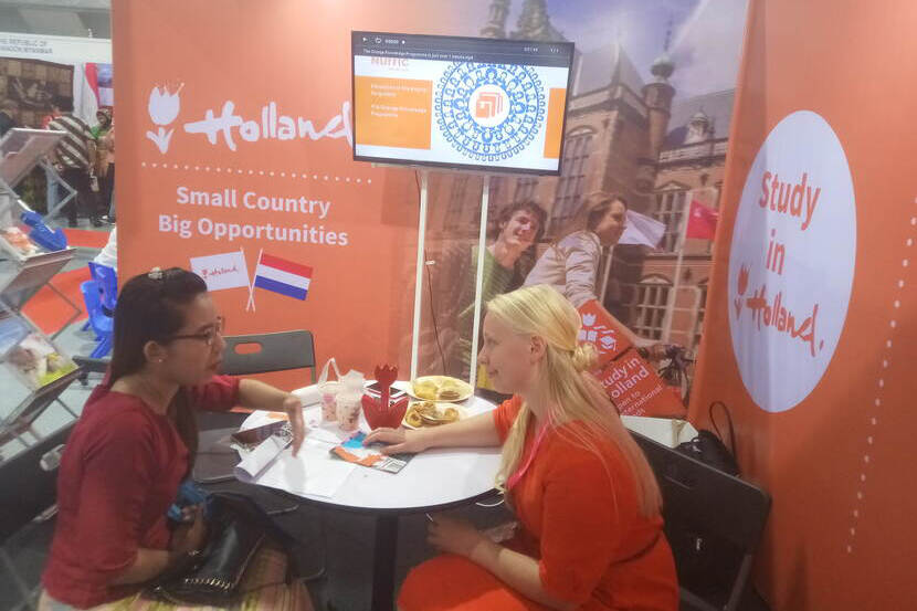 Study in Holland' first-hand information provided for